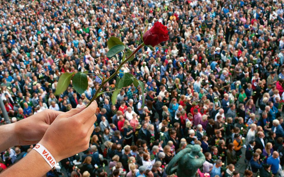 From hate to love - Rose for Oslo